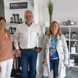 Die Betreiber des Stores mit Bürgermeisterin Dr. Hentschel
