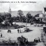 Der Marktplatz mit der Stadtkirche im Hintergrund