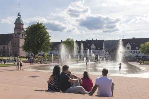 Der Marktplatz im Sommer