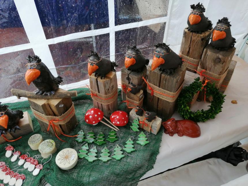 Schräge Vögel auf dem Kunsthandwerkermarkt