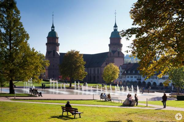 Stadtkirche im Herbst