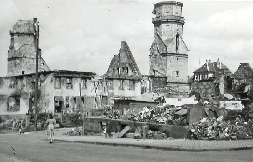Die zerstörte Stadtkirche nach dem Zweiten Weltkrieg
